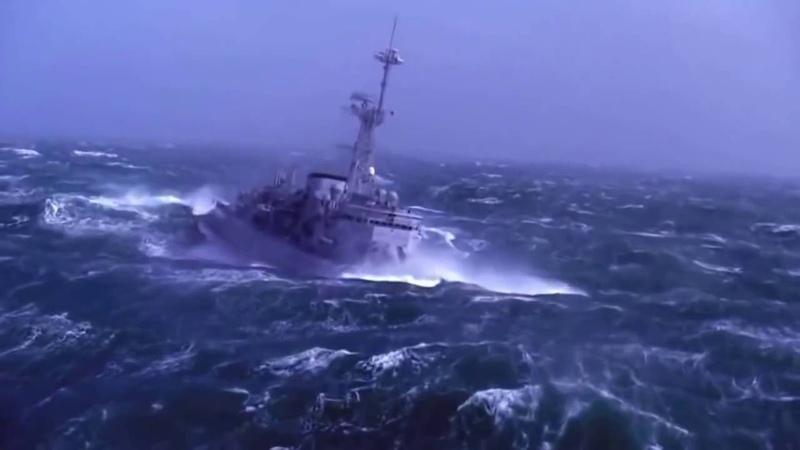 Любэ Когда минуты роковые настают С Днем ВМФ!
