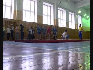 В рамках познавательного тура: представители областной федерации самбо показали мастер-класс тогурским школьникам