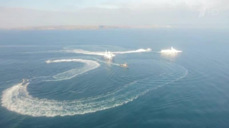 Три корабля ВМС Украины незаконно перешли государственную границу России