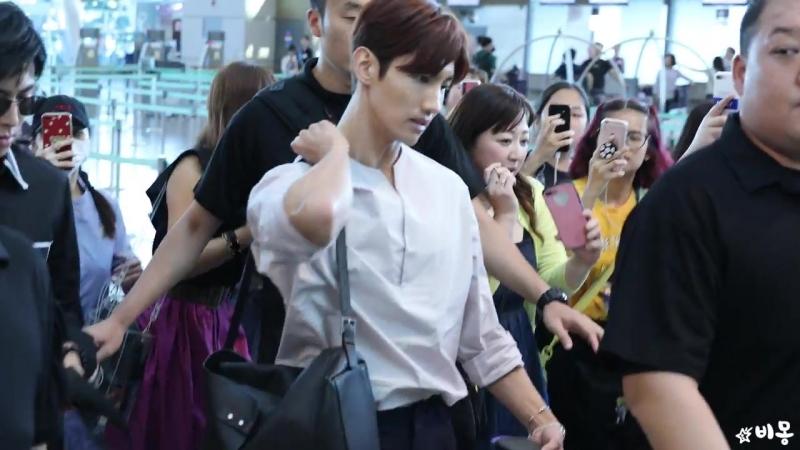 180816 동방신기(TVXQ) 방콕콘 출국 (Departure to Bangkok) [인천공항] 4K 직캠 by 비몽