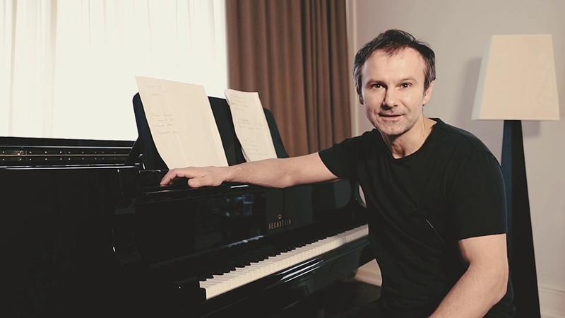 Всеукраїнський тур Святослава Вакарчука з унікальною концертною програмою