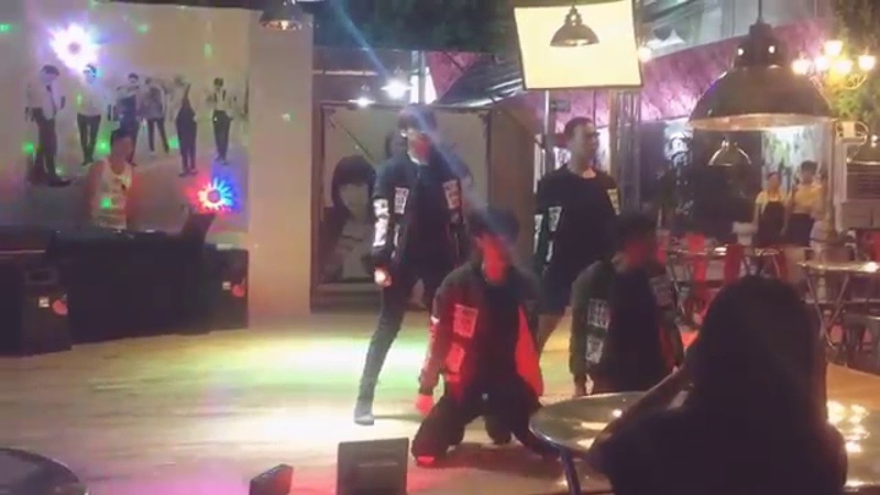 (Live performance) Hello Bitches Like Ooh Ahh by Heaven Dance Team from Vietnam