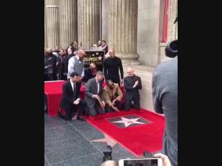 Snoop dogg получил звезду на аллее славы в голливуде [рифмы и панчи]
