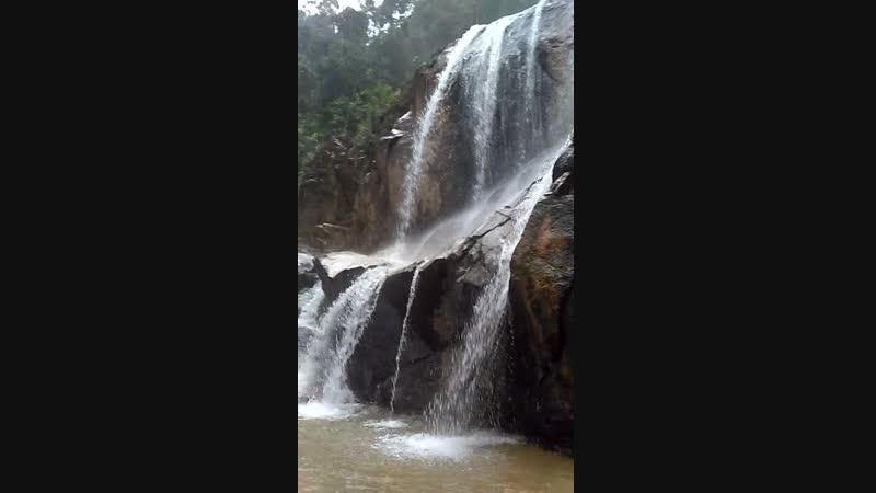 водопад Sungai Pandan малайзия