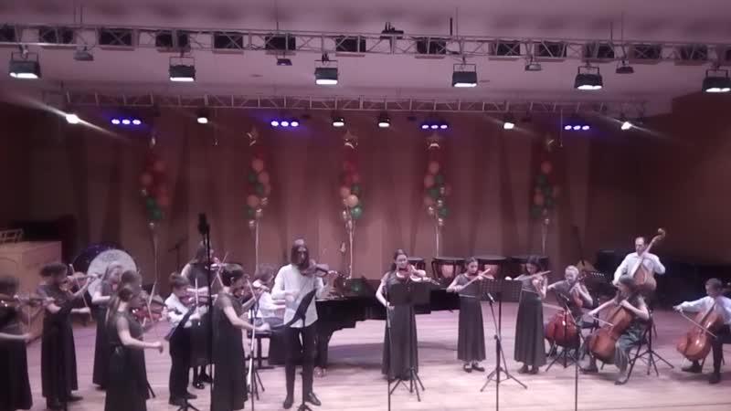 И.С.Бах - Гавот. Исп. Камерный оркестр ДМШ №1 им.Г.Синисало