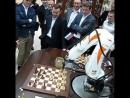 Robotic Arm versus chess master Vladimir Kramnik