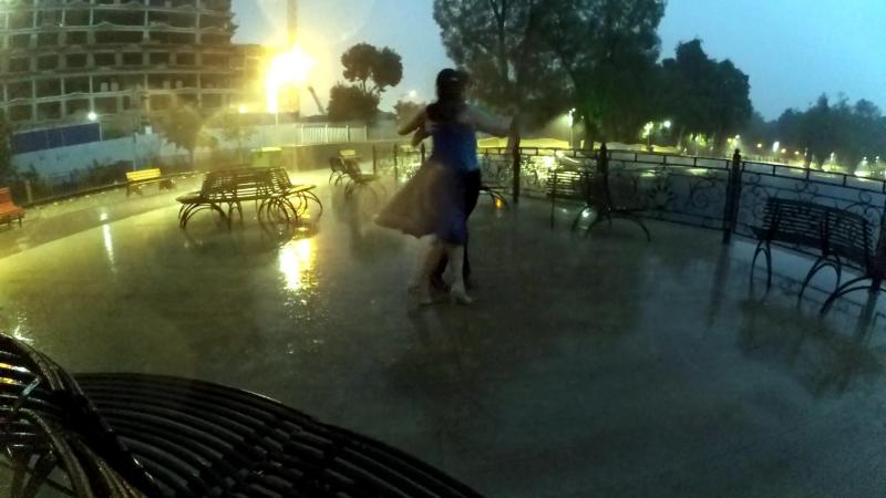Танго под дождем - день рождение Луизы [ред]