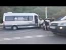 Вечером 21 апреля под Симферополем произошло ДТП с участием микроавтобуса и Лады