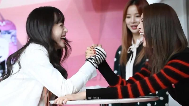 [FANCAM] EXIDs Hani, Junghwa, Solji 160106 MWave Meet Greet