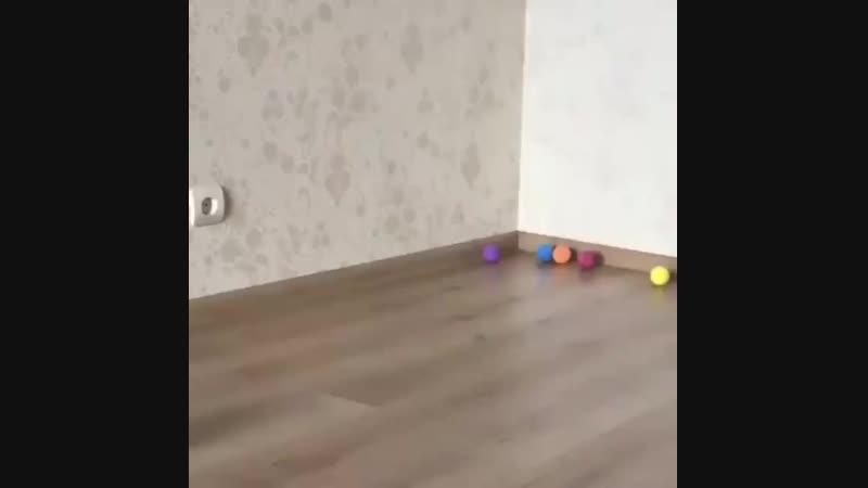Инопланетяне нападают на игрушечки