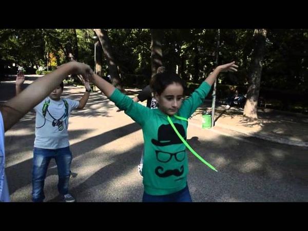 Hollywood Tonight Kids Remake - Dancing for Michael Jackson Kids