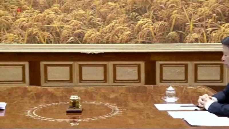 경애하는 최고령도자 김정은동지께서 중국공산당 중앙위원회 대외련락부장을 또다시 만나시여 담화하시였다