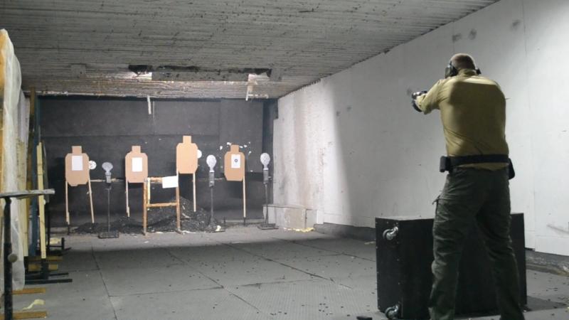 Стрельба по трём гонгам со сменой магазина