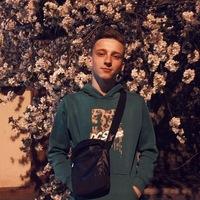 Илья Острась