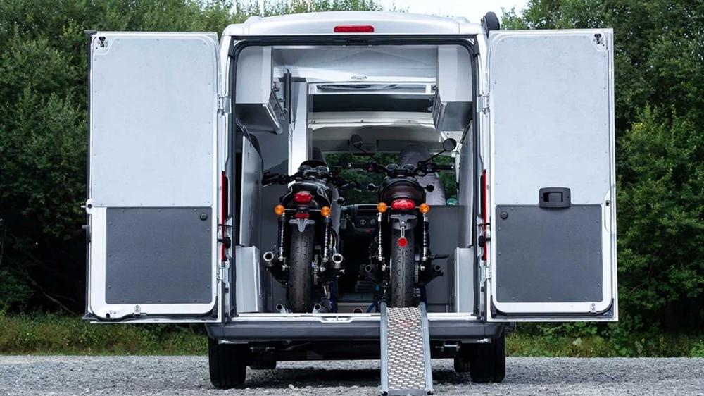 Кемпер Citroen Jumper Bike Solution с местом для мотоциклов