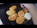 Жарка пирожков на печи в сельских казачьих куренях