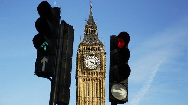 Independent: вопреки призывам парламента Мэй вряд ли откажется от «золота Москвы»