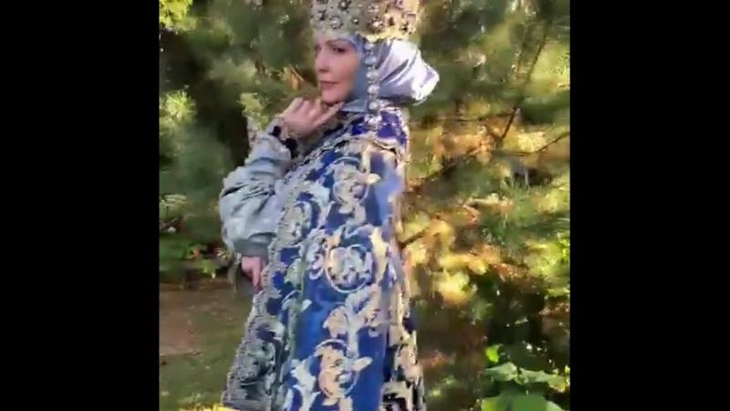 Боярский наряд. Произведение искусства Дома русской одежды Валентины Аверьяновой