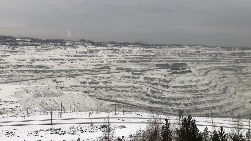 Карьер ОАО « Ураласбест» зимой