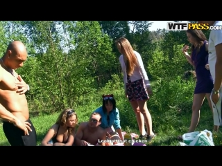 Studentsexparties zoe, dorothea albina, ava, taylor sexy college fuck in a new car