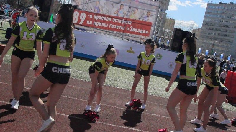 Группа поддержки женской футбольной команды Звезда 2005 Пермь DAISY и COOL