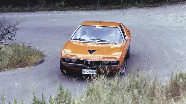Проект Luca Serafini  Alfa Romeo Montreal Vision GT