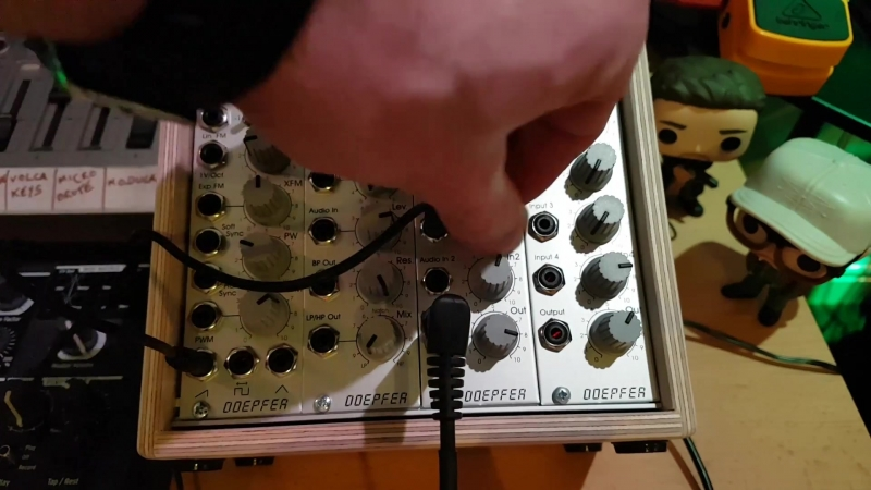 Getting Started with Modular Synths - Part 2 - Creating a Basic Patch with Pitch Control