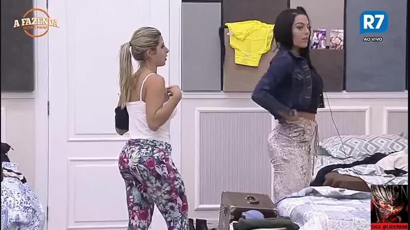 27 09 Peoas falando sobre roupas 01 01