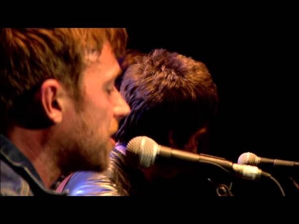 Noel Gallagher, Damon Albarn, Graham Coxon and Paul Weller perform Tender - Official Video