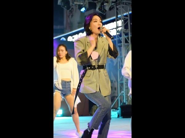 181011 SOYA(소야) - SHOW(쇼) 직캠 in 명동 K-POP UNI_KON