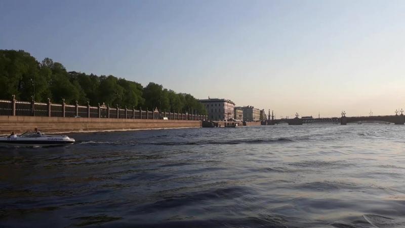 15 05 18 прогулка по рекам и каналам Петербурга