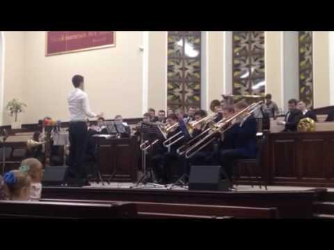 Духовой оркестр В нашу церковь вливается