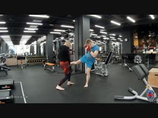 Индивидуальная тренировка Дима - Лоу кик или Маваше-гери гедан - Подготовка бойца. Мурманск