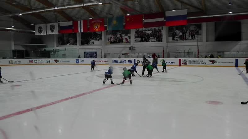 финальный матч за кубок массового хоккея среди детей 2010-2011г.р. Смена-Орленок 2 период