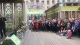 """Станислав Пьеха on Instagram: """"Всегда кайфовал в Европе... уличное творчество, украшенные улочки, расслабленный и мирный пипл... сегодня в Москве п..."""