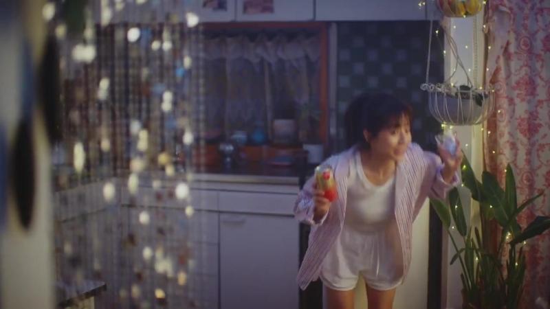 Японская Реклама - Напиток Sapporo Relaku su