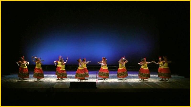 Русские матрешки (Танец)
