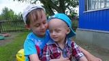 Зрители Первого канала могут помочь братьям Васе иАртему победить редкую патологию. Новости. Первый канал