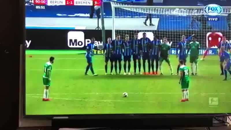 🇩🇪 Писарро спас Вердер на 96 й минуте и забил самый старый гол в истории Бундеслиги