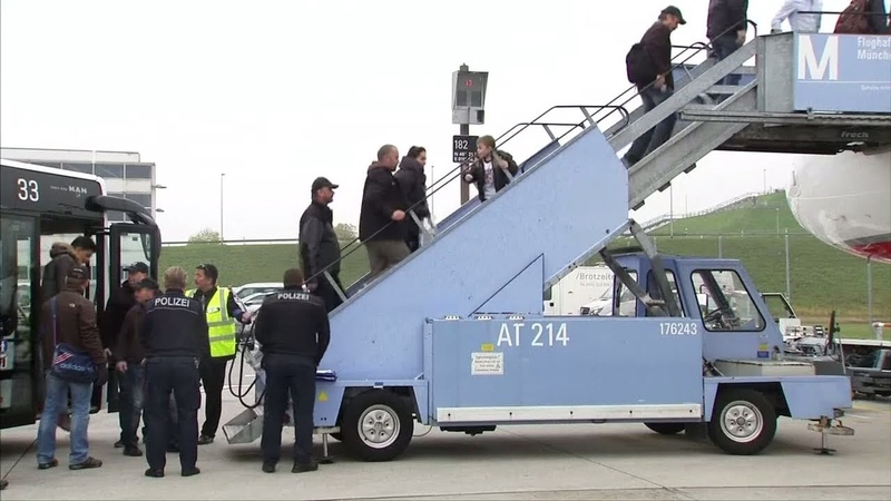 ABSCHIEBUNG Viele Migranten reisen einfach erneut nach Deutschland ein