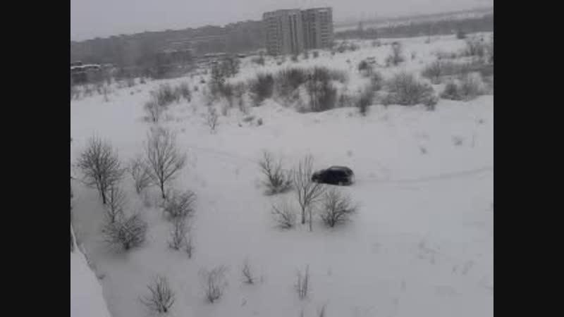 Алчевск утонул в снегу