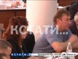 Без лица - Олег Сорокин пришел на думу в майке, а коллеги лишили его мандата