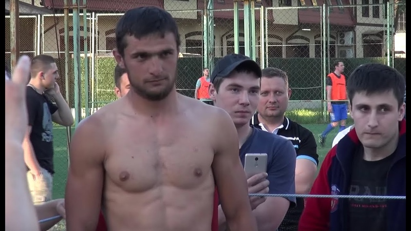 Ломатель носов в боях без правил, Стрелка Калининград