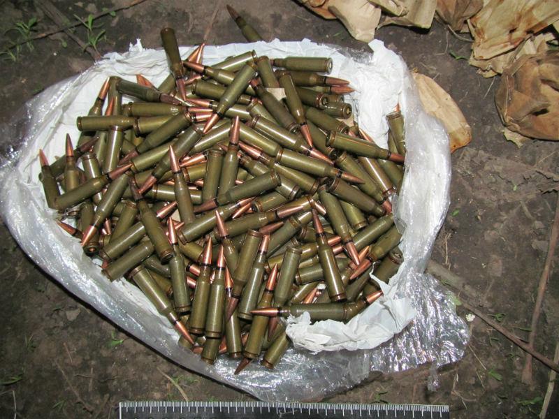 Житель Славянска нашел патроны в рюкзаке и забрал себе