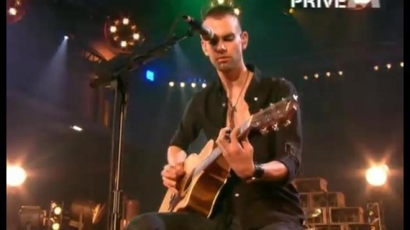 PLACEBO live acoustic @M6 2006