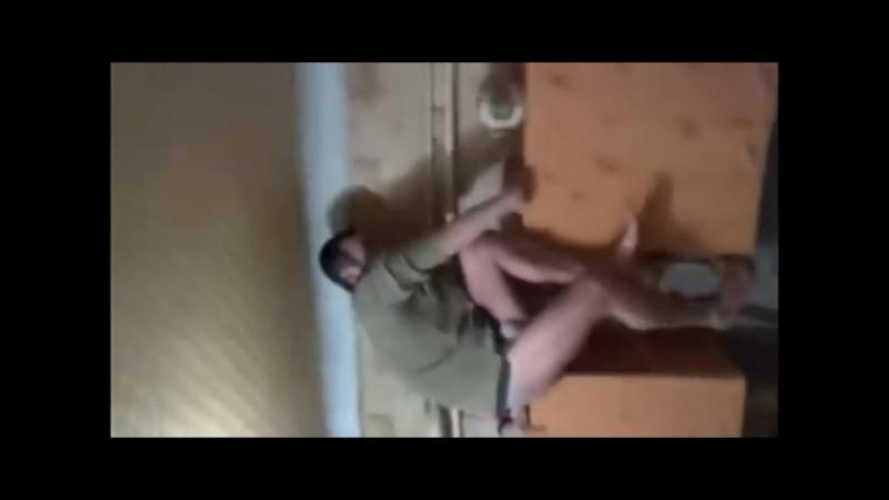 Не знаю Шо делать ,пацаны (смешное видео, хорошее настроение, юмор, абсурд, упал, падение, к счастью, пьяный мужик, спиртное).