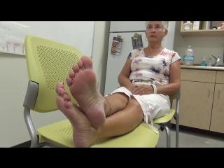 71 yo granny woman candid sexy soles