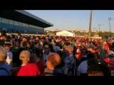 Болельщики собираются на матч Швейцария - Коста-Рика- Типичный Нижний Новгород