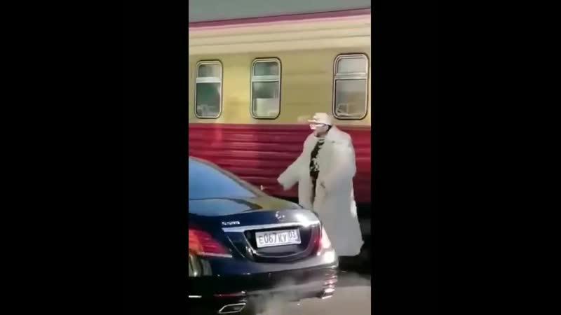 Когда американский сутенёр приехал в Улан Удэ а его никто не встретил