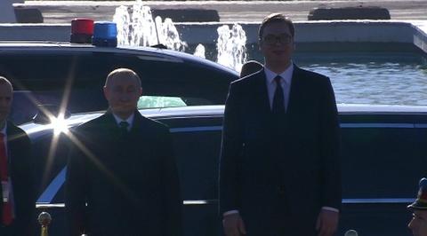 Вести.Ru Путин прокатил Вучича на своем лимузине Aurus